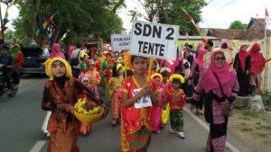 Peserta Karnaval tingkat Kecamatan Woha, Kamis.