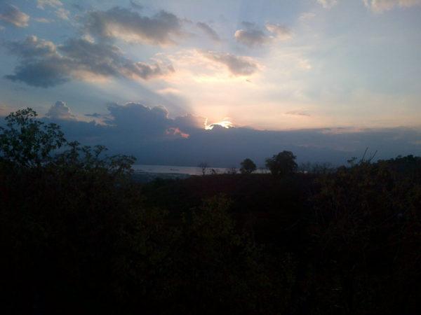 Sunset di atas Pelabuhan Bima