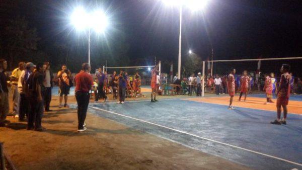Pembukaan Turnamen H. Muhammad Lutfi Cup dibuka.