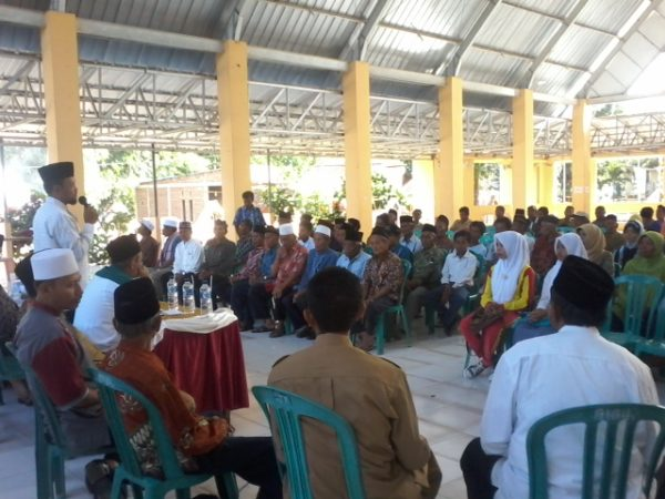 fotonasir: Suasana kegiatan penyaluran ZIS di Lengge Nae Wawo.
