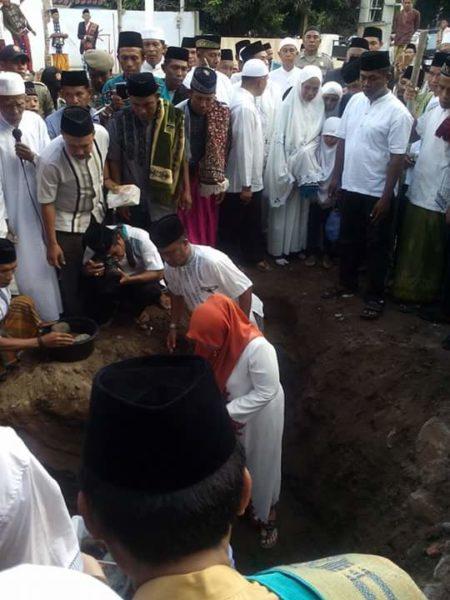 Peletakan batu pertama pembangunan masjid Jami Nurul Huda.