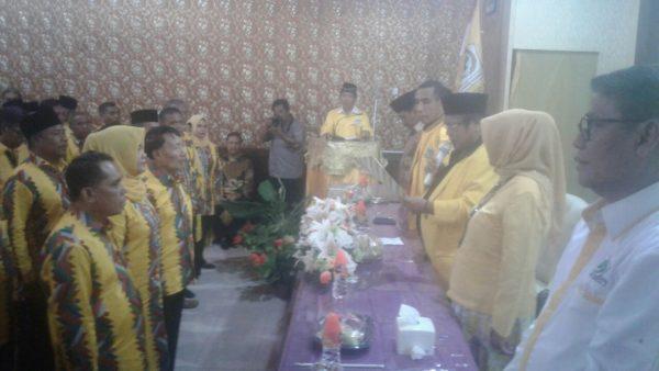 Pengukuhan Pengurus DPD Partai Golkar Kabupaten Bima, Minggu (20/11) oleh Ketua DPD Partai Golkar NTB, H. Moh. Suhaili